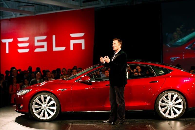 Il Prezzo delle Azioni Tesla Scenderà Sotto i 10 Dollari?